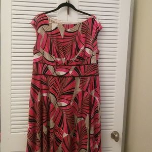 Easy dress, great for work or play